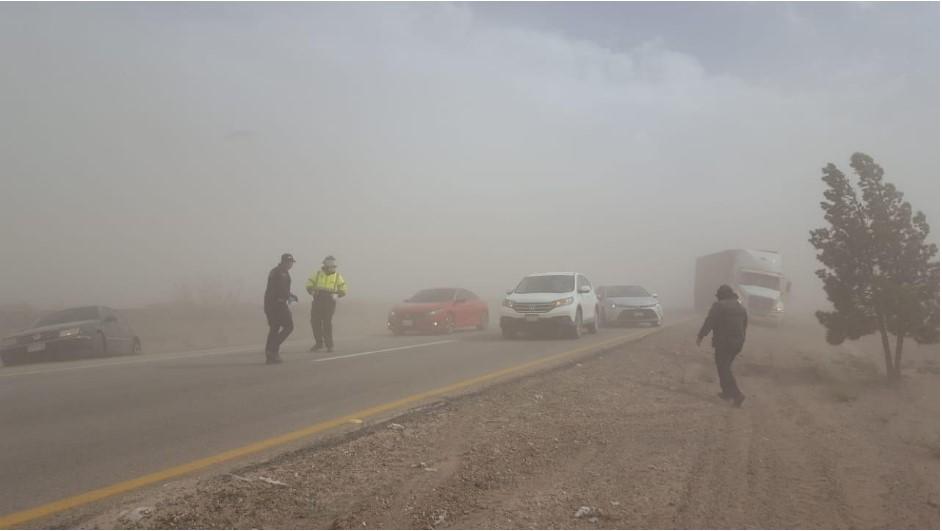 Advierten rachas de viento de 75 km/h en Janos y Galeana este martes