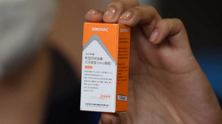 México recibe un millón de vacunas Sinovac para segunda dosis