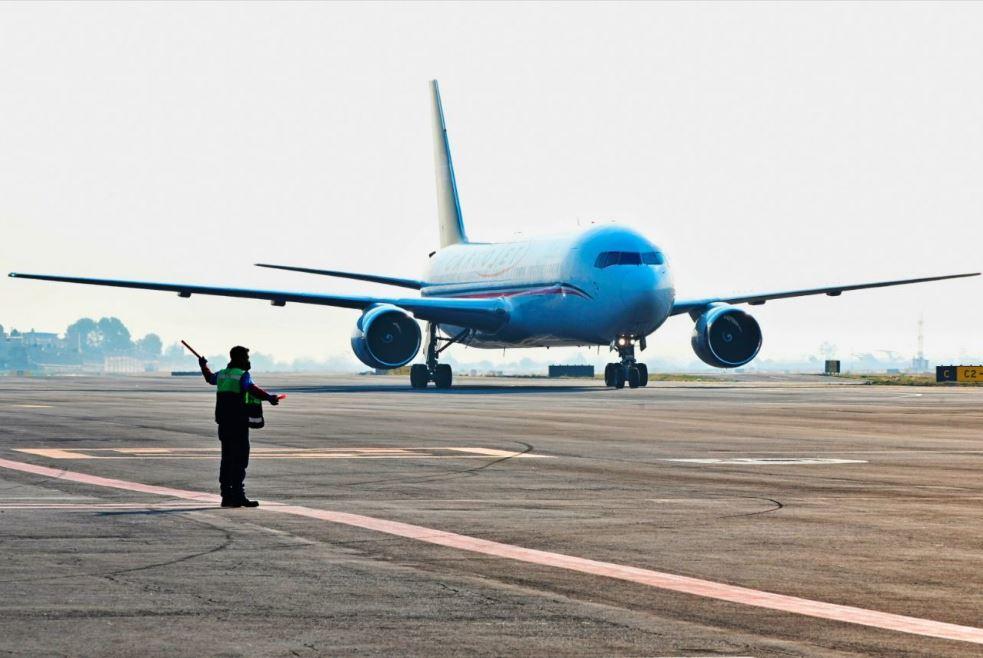 EU baja calificación de seguridad aérea a México; afecta expansión de aerolíneas mexicanas