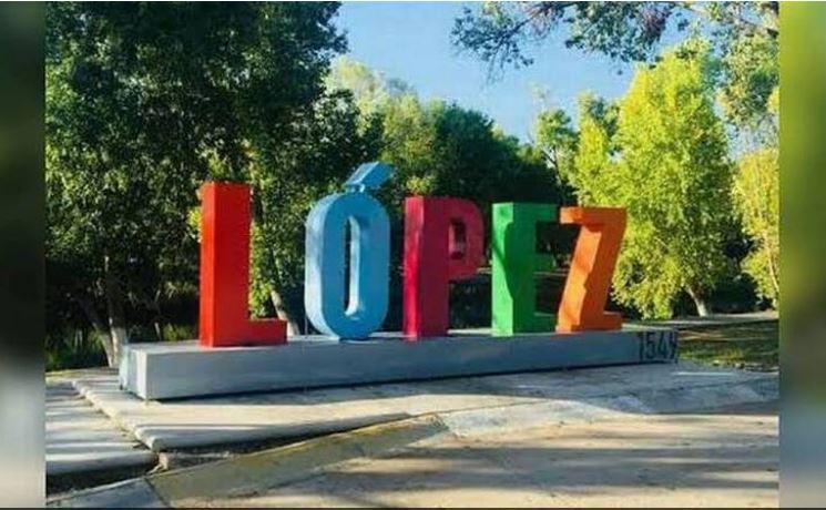 Recorren sujetos armados las calles de Villa López