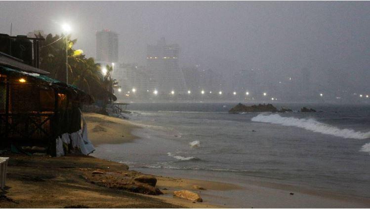 Enrique ya es huracán categoría 1; habrá lluvias en estos estados