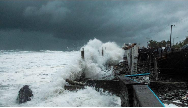 Ciclón tropical Enrique continuará generando lluvias muy fuertes en estos estados