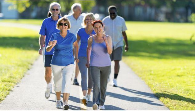 Caminar puede tener beneficios en el cerebro