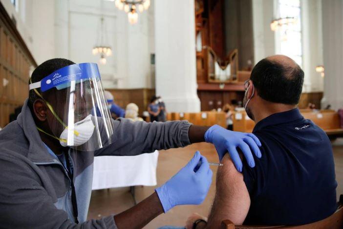 Estados Unidos: exigirán que todas las personas estén vacunadas  para ingresar a su territorio