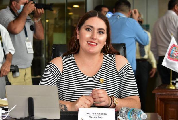 Preside América García comisión de transparencia, acceso a la información pública y parlamento abierto