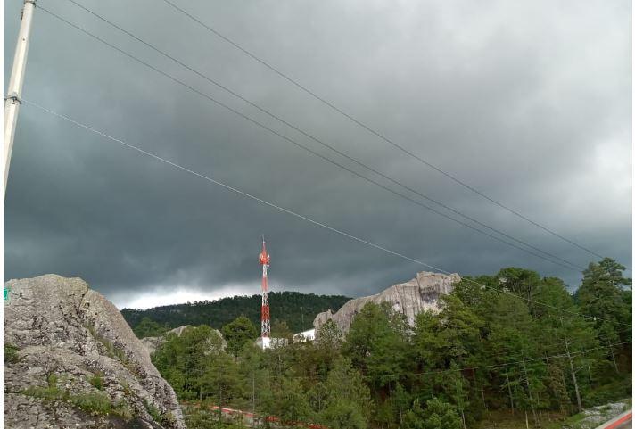 lluvias más intensas de este lunes  acompañadas de descargas eléctricas y posible caída de granizo