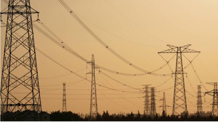 Greenpeace critica reforma eléctrica de AMLO: 'es un error y retroceso'